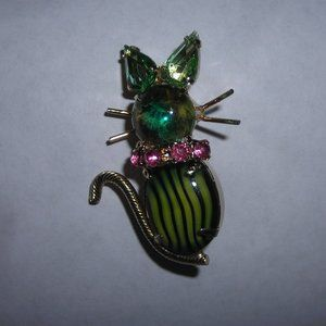 """Vintage kitty pin, """"jewel"""" accented, Unique"""
